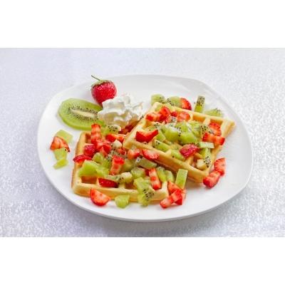 Vyana vaflisi meyvə ilə