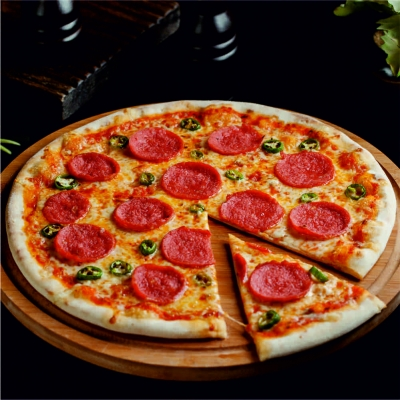 Pizza pepperoni (acılı) - 33 sm